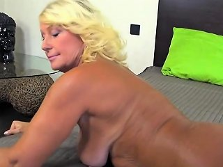 Shemale Whore Earns Her Money Nuvid