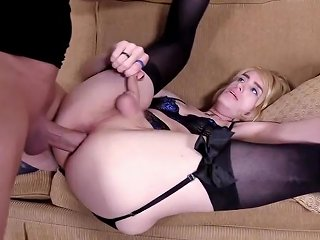 Lucky Freaky Dude Sodomizes T Girl For A First Time